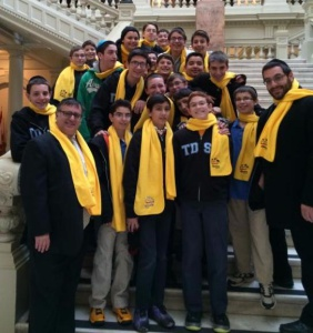 Torah Day School of Atlanta students and faculty visiting the State Capitol during 2014 School Choice Week