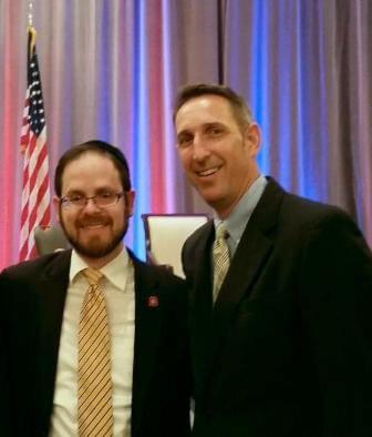 Rabbi A.D. Motzen, Agudath Israel national director of state relations, with ESA bill sponsor  Senator Scott Hammond (R-NV)
